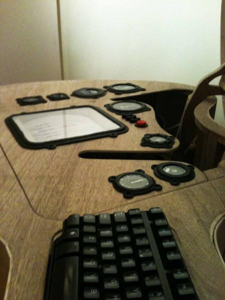 guitar case computer (1)